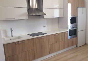 Кухня с фасадами AGT ЛАК (2017г.) фото