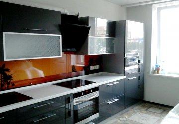 Фото статьи Кухня с акриловыми фасадами