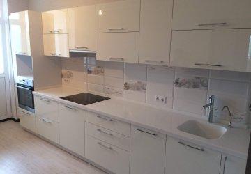 Фото статьи Кухня с фасадами АКРИЛ высокий глянец