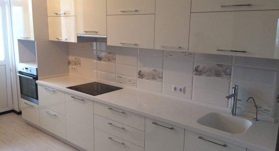 Фото работы Кухня с фасадами АКРИЛ высокий глянец