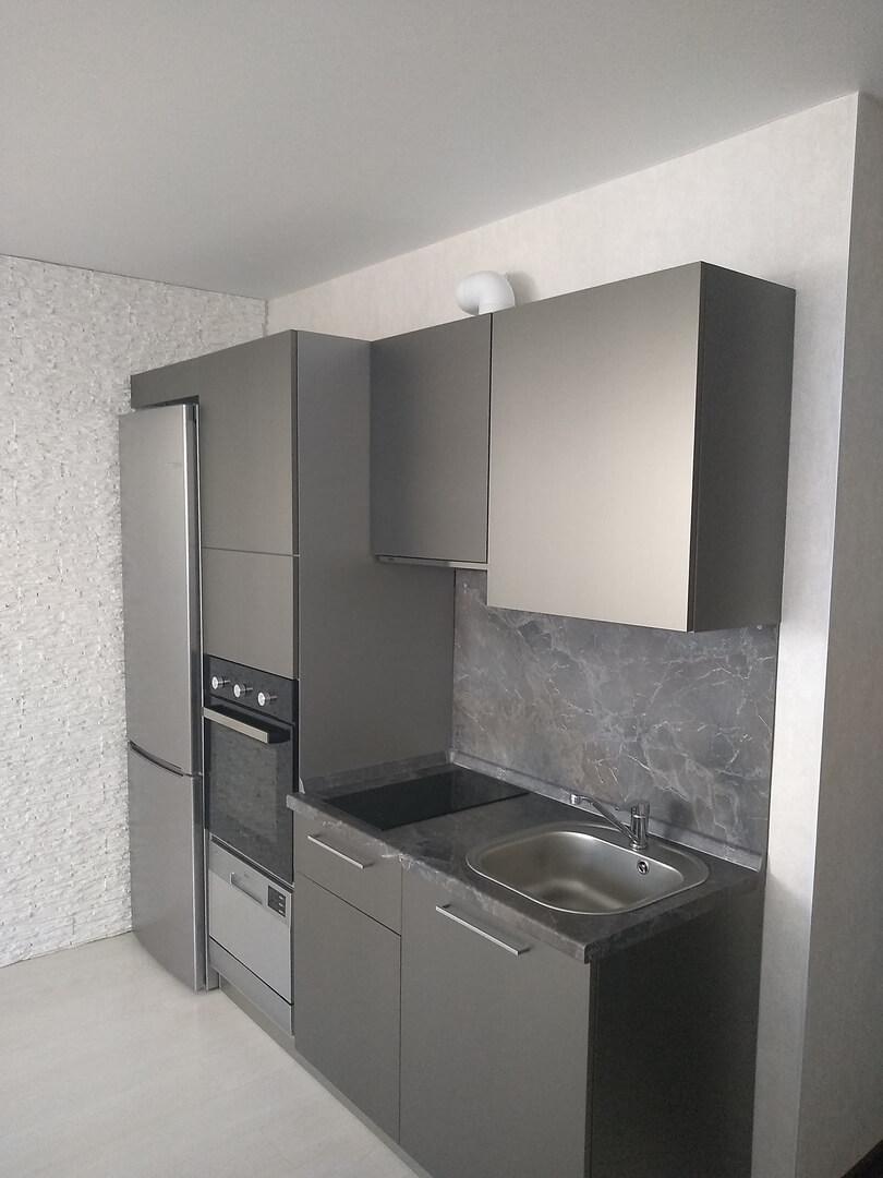 Первое фото Маленькая прямая кухня с фасадами «AGT» (МДФ+ПВХ+ЛАК)