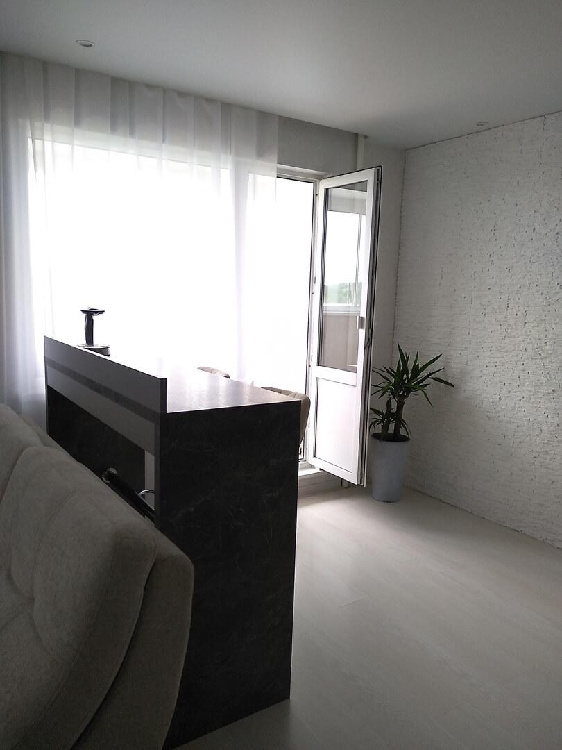 Второе фото Маленькая прямая кухня с фасадами «AGT» (МДФ+ПВХ+ЛАК)